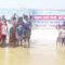 महिलांसह मुलांनी समुद्राच्या पाण्यात उभे राहून केले आंदोलन