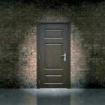 बंद दाराआड…